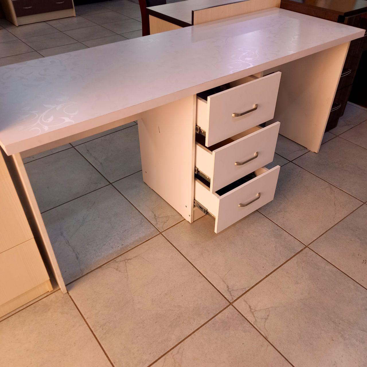 Письменный стол Близнец
