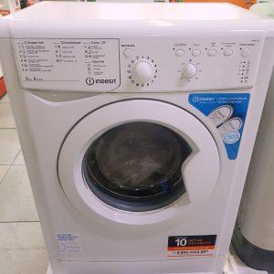 Стиральная машина Indesit IWSB5105