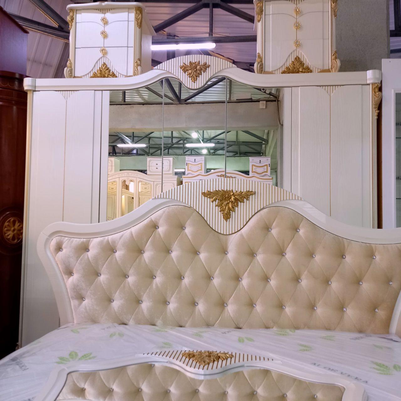 Спальный гарнитур Инесса