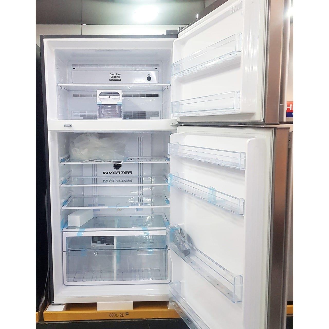 Холодильникх двухкамерный Hitachi 550 литров металлик