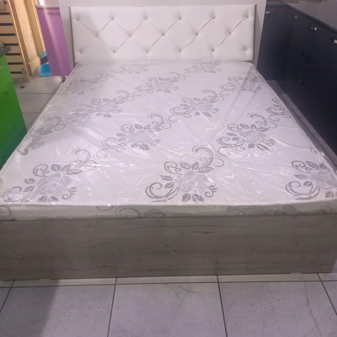 Спальный гарнитур Акзара