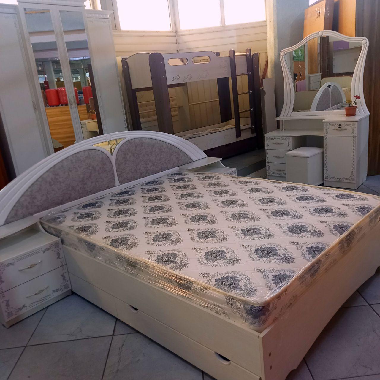 Спальный гарнитур Сейтек