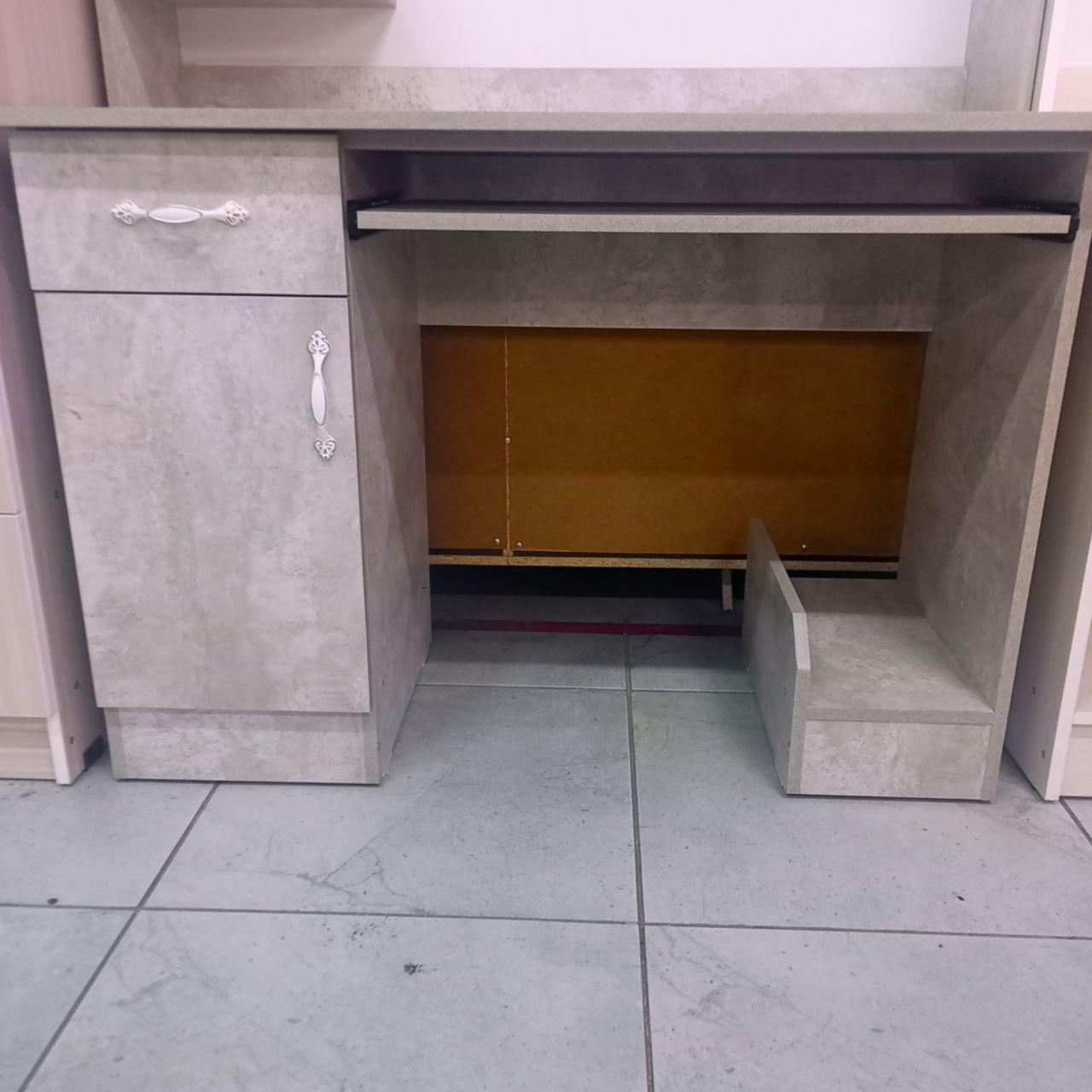 Компьютерный стол Бурса