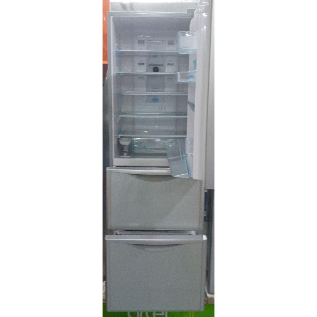 Холодильник двухкамерный Hitachi 300 литров