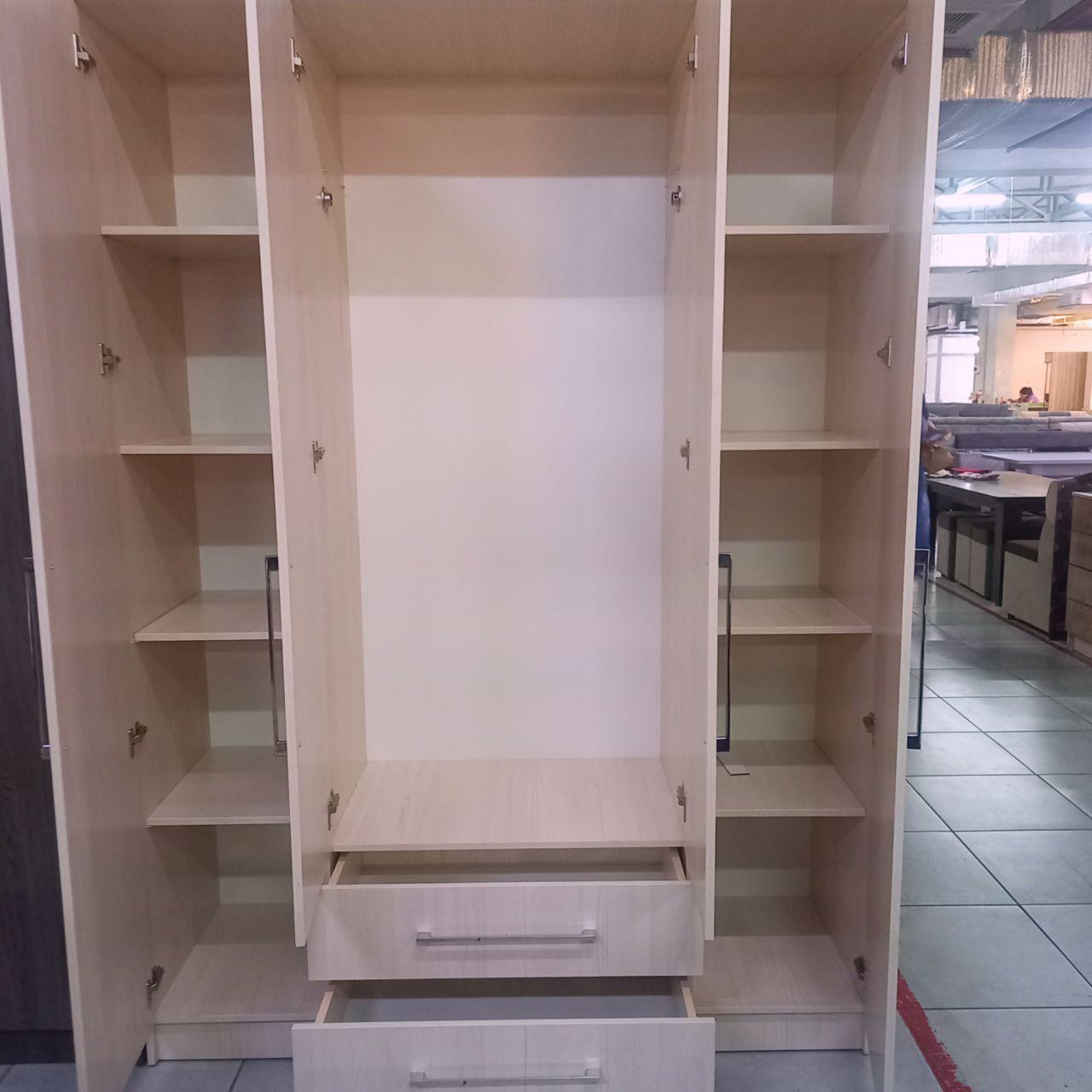 Шкаф Ясина