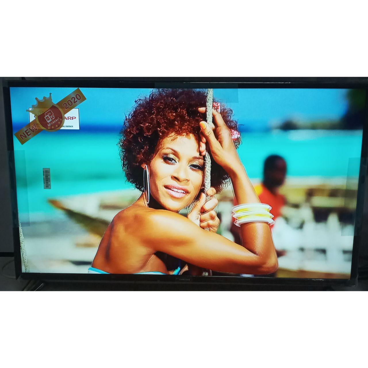 Телевизор Samsung 110 см