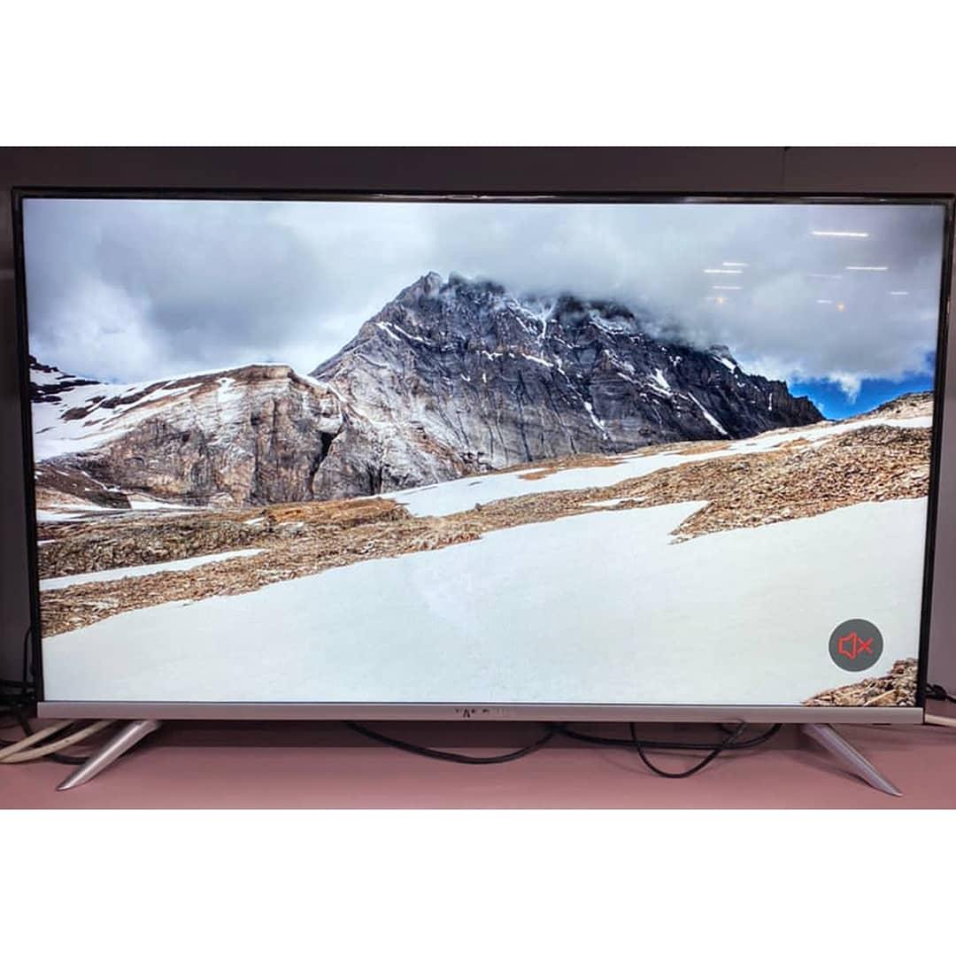 Телевизор Samsung 4К 110 см