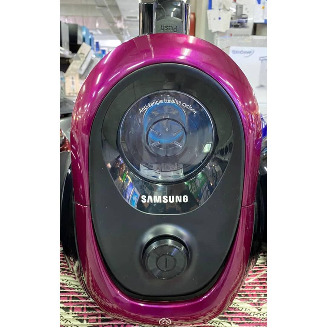 Пылесос Samsung мощностью 1800 Вт